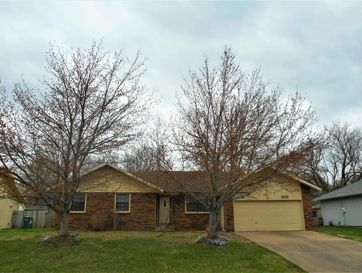 3132 West Village Lane Springfield, MO 65807 - Image 1