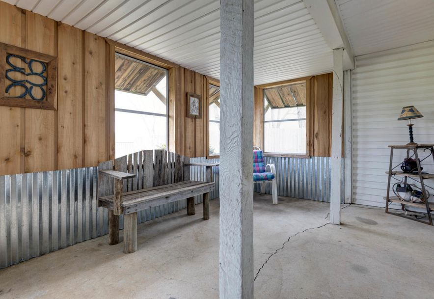 1404 South Farm Road 129 Springfield, MO 65807 - Photo 2
