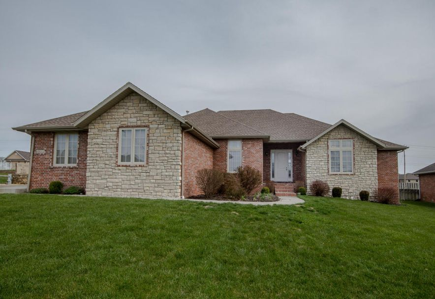 4511 East Cromwell Street Springfield, MO 65802 - Photo 2