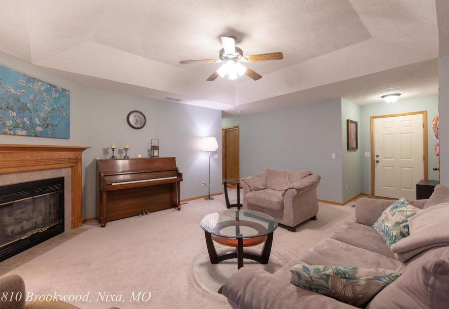 810 South Brookwood Court Nixa, MO 65714 - Photo 8