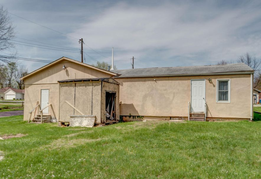 3144 West Grand Street Springfield, MO 65802 - Photo 2