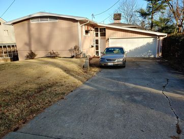 2856 North Campbell Avenue Springfield, MO 65803 - Image 1