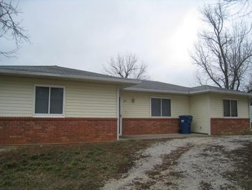 201 East Richter Street Stockton, MO 65785 - Image 1