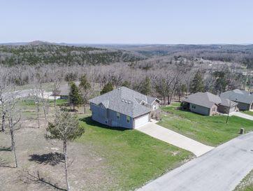 109 South Woods Way Branson, MO 65616 - Image 1