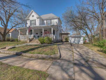 212 North Pearl Avenue Joplin, MO 64801 - Image 1