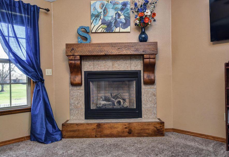 998 West Pembrook Avenue Nixa, MO 65714 - Photo 6