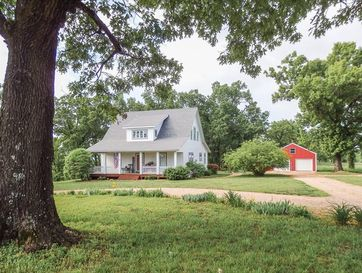 34 County Road 304 Gainesville, MO 65655 - Image 1