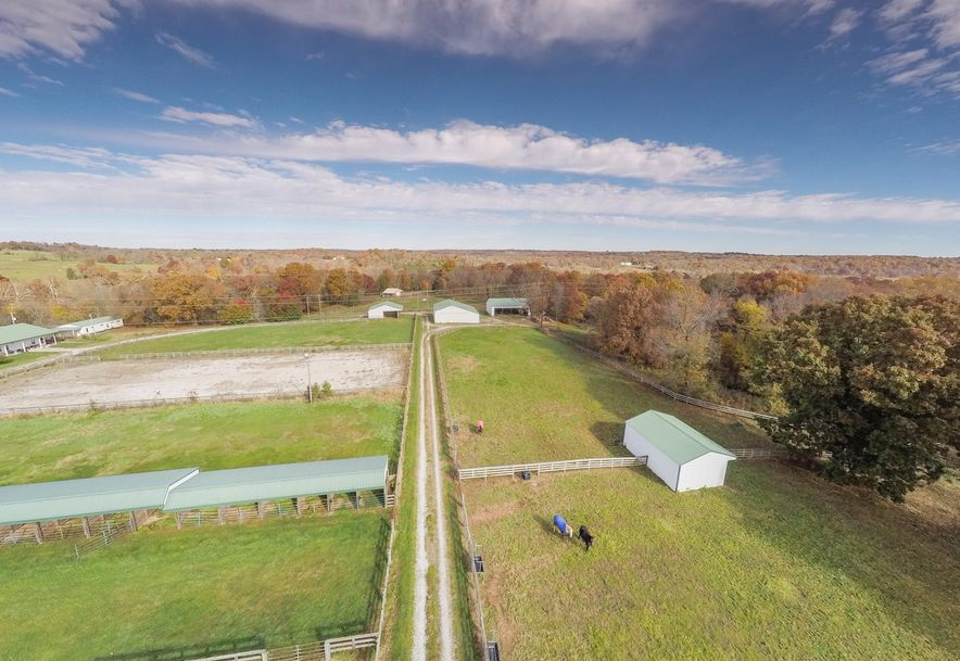 373 Holder Road Clever, MO 65631 - Photo 4