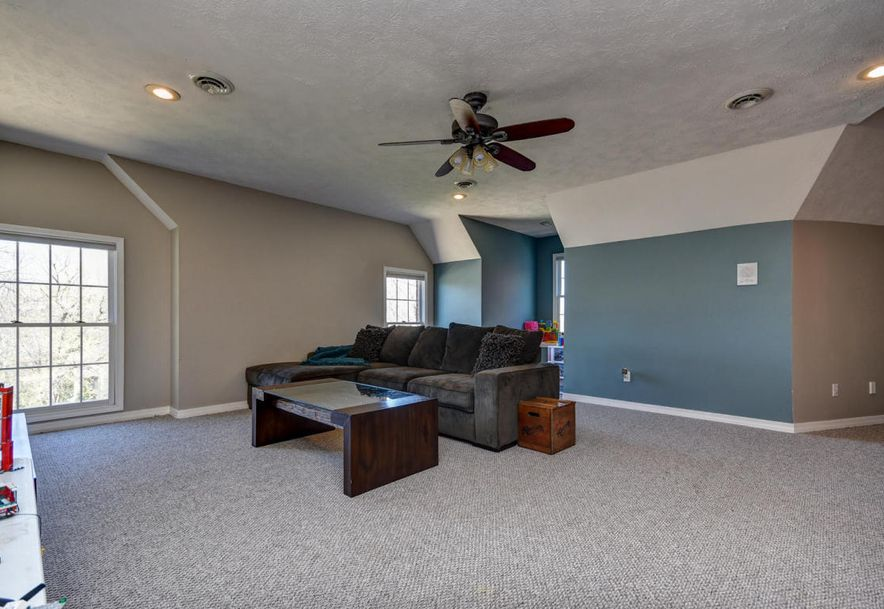 2450 South Forrest Heights Avenue Springfield, MO 65809 - Photo 44