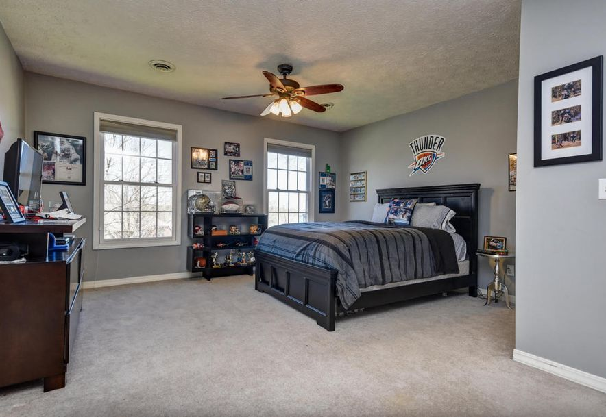 2450 South Forrest Heights Avenue Springfield, MO 65809 - Photo 45