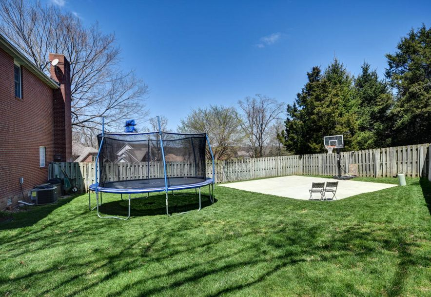 2450 South Forrest Heights Avenue Springfield, MO 65809 - Photo 56
