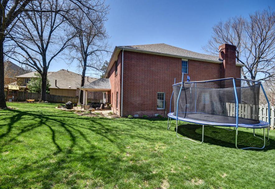 2450 South Forrest Heights Avenue Springfield, MO 65809 - Photo 58