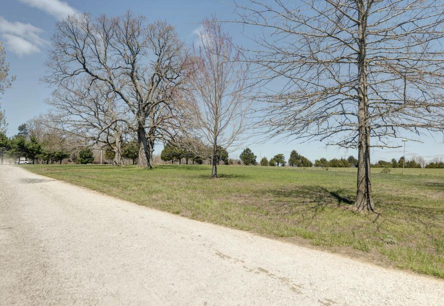 2433 State Hwy Bb Seymour, MO 65746 - Photo 40
