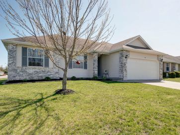 312 Shawnee Court Clever, MO 65631 - Image 1