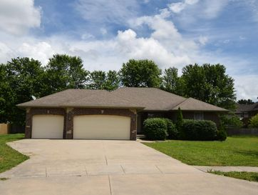 5726 South Lincoln Avenue Single Family Rental Package Battlefield, MO 65619 - Image 1