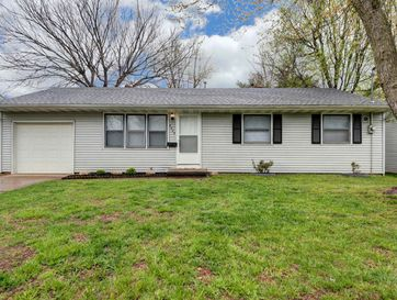2225 West Bodeb Street Springfield, MO 65802 - Image 1