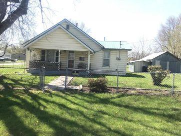 418 East Washington Street Seymour, MO 65746 - Image 1