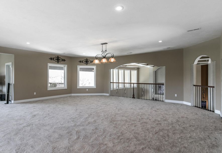 7512 Turkey Hatch Court Willard, MO 65781 - Photo 40