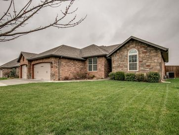 5659 South Winsor Drive Battlefield, MO 65619 - Image 1