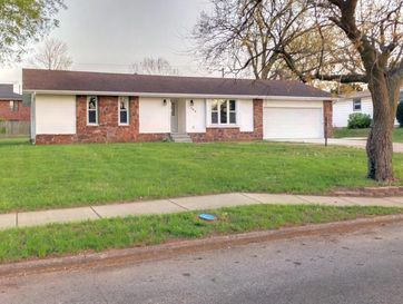 304 East Morningside Street Springfield, MO 65807 - Image 1