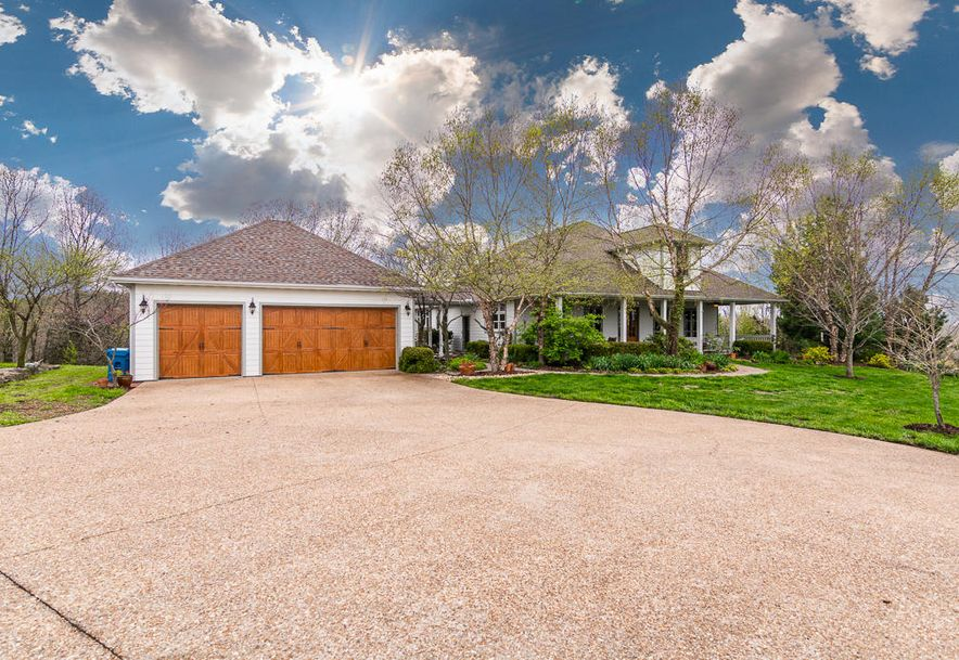 760 Hidden Springs Lane Reeds Spring, MO 65737 - Photo 26