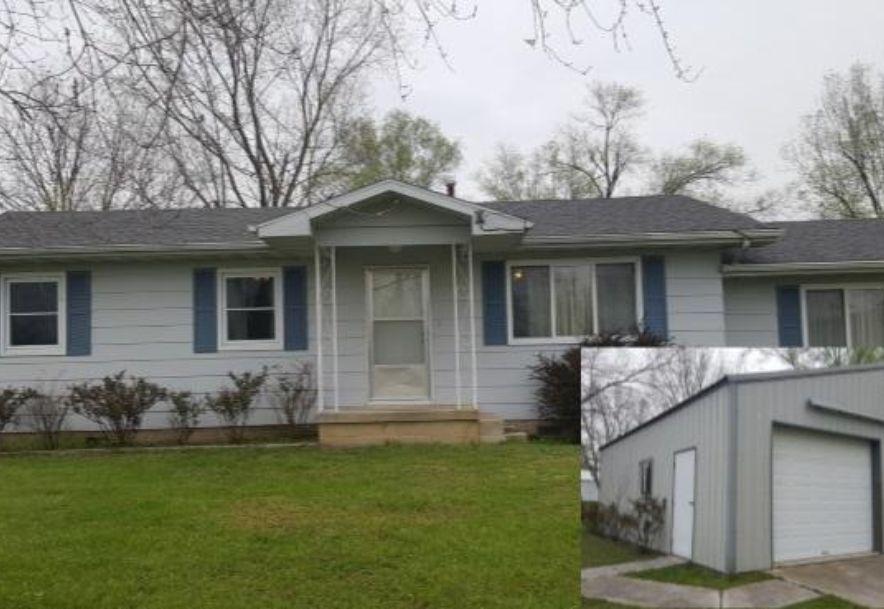 902 Evans Avenue Ava, MO 65608 - Photo 1