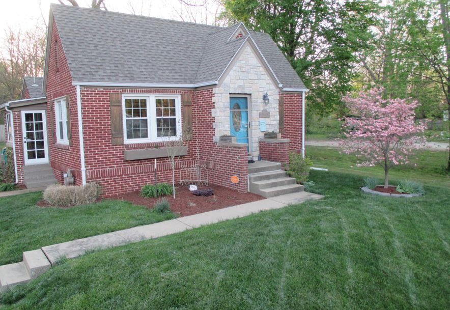 1543 South Jefferson Avenue Springfield, MO 65807 - Photo 2