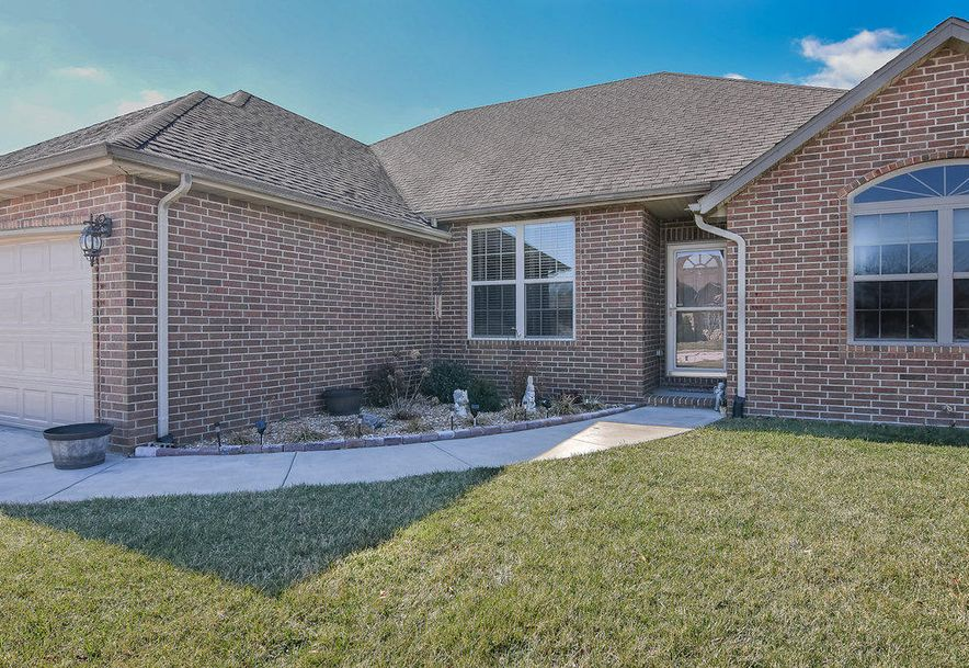 3234 West Frisco Court Springfield, MO 65810 - Photo 2