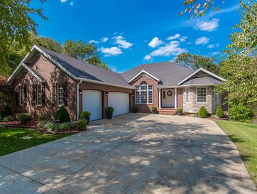 3961 West Maplewood Street Springfield, MO 65807 - Image 1