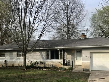 101 West Chrysler Avenue Clever, MO 65631 - Image