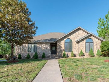 1015 East National Place Boulevard Springfield, MO 65810 - Image 1