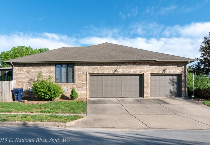 1015 East National Place Boulevard Springfield, MO 65810 - Photo 2