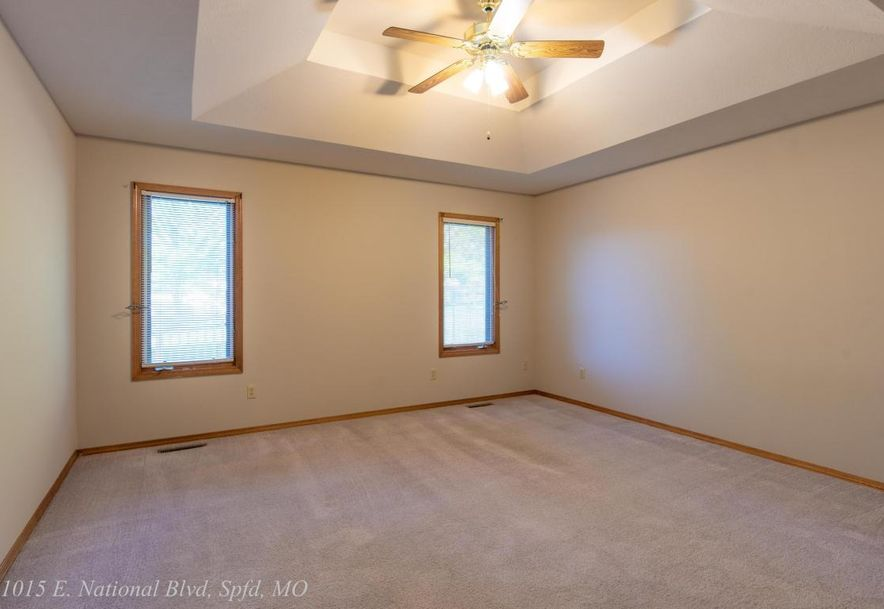 1015 East National Place Boulevard Springfield, MO 65810 - Photo 29