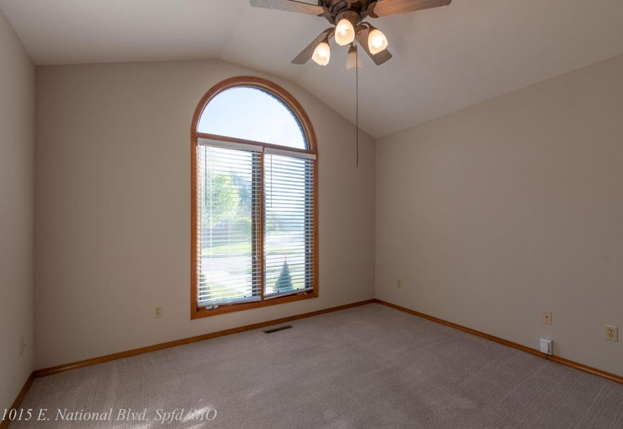1015 East National Place Boulevard Springfield, MO 65810 - Photo 43