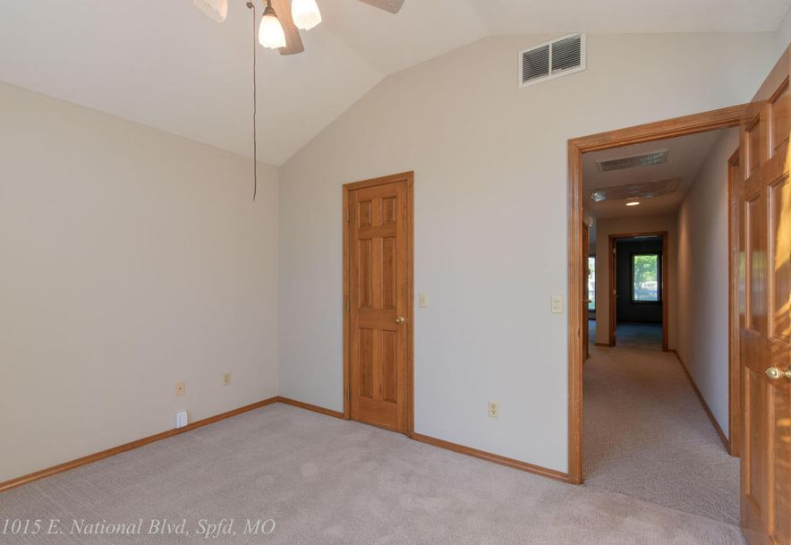 1015 East National Place Boulevard Springfield, MO 65810 - Photo 44