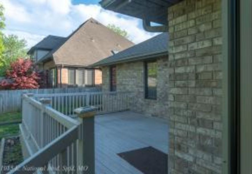 1015 East National Place Boulevard Springfield, MO 65810 - Photo 46