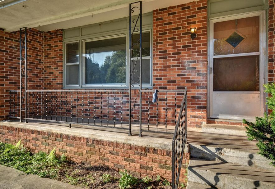 407 East Walker Street Ash Grove, MO 65604 - Photo 7