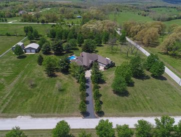 2173 North Lakeview Drive Brookline, MO 65619 - Image 1