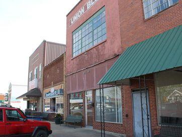 102 Union Street Mountain Grove, MO 65711 - Image 1