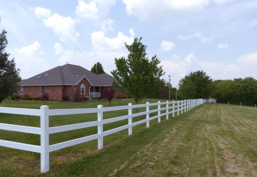 8332 West Farm Road 100 Willard, MO 65781 - Photo 7