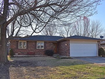 1431 South Lovers Lane Springfield, MO 65804 - Image 1