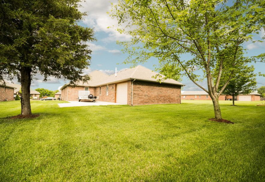 5022 South Prairie View Court Battlefield, MO 65619 - Photo 5