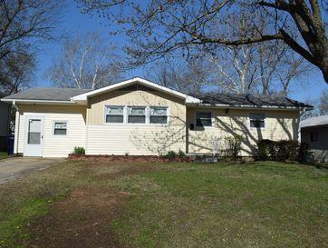 1606 Jefferson Circle Webb City, MO 64870 - Image 1