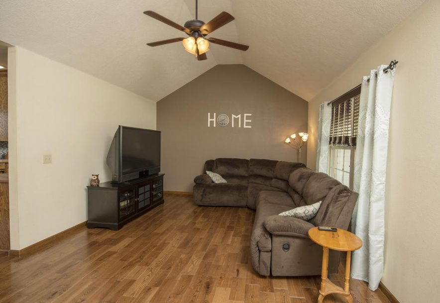 307 Union Hill Street Clever, MO 65631 - Photo 3