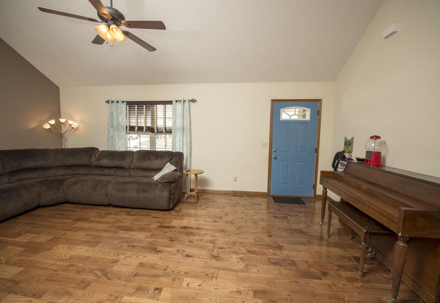 307 Union Hill Street Clever, MO 65631 - Photo 4
