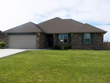 304 Willow Street Clever, MO 65631 - Image 1
