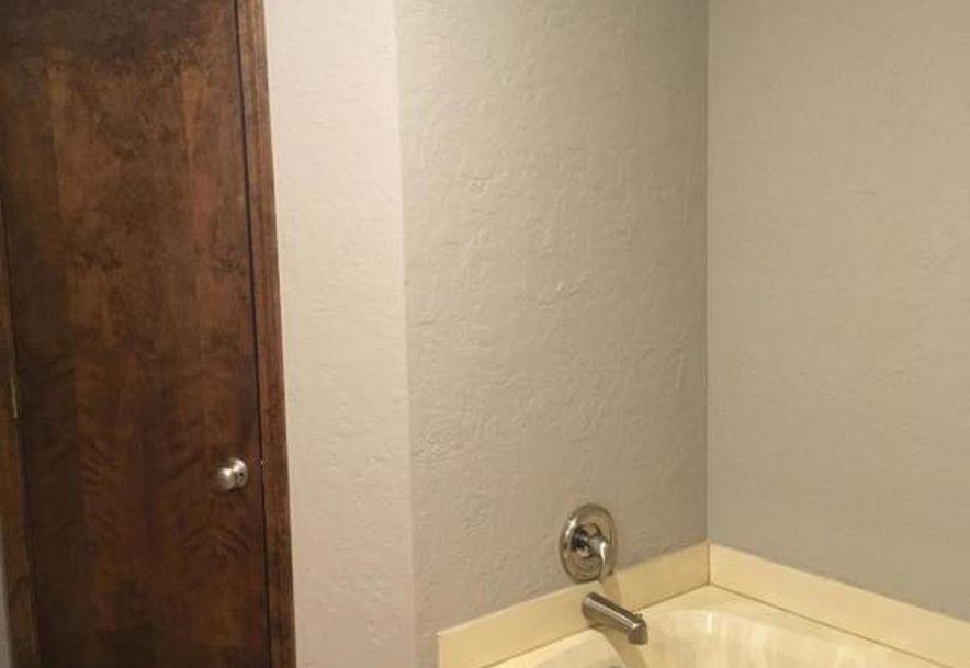 3853 South Cottage Avenue Springfield, MO 65807 - Photo 11