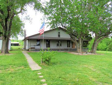 815 East 430th Road Bolivar, MO 65613 - Image 1