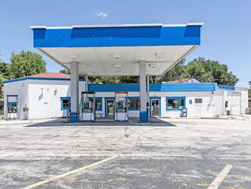 100 East Boone Street Ash Grove, MO 65604 - Image 1