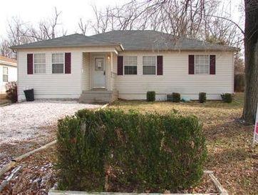 864 South Homewood Avenue Springfield, MO 65802 - Image 1